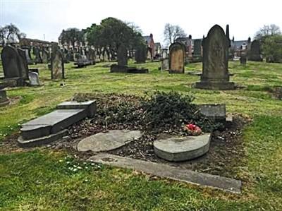 在英北洋水师水兵墓启动修缮公募 5位水兵为何葬于英国?