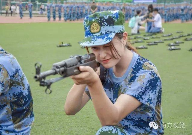 又是一年新生入学季:广州高校军训女生颜值高2016.9.8 - fpdlgswmx - fpdlgswmx的博客