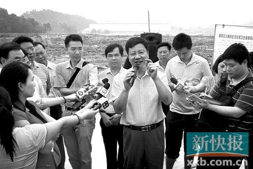 广州市长当导游带领媒体参观垃圾焚烧厂