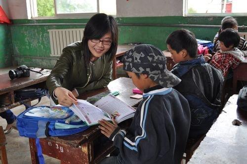 运河古城公益环保志愿者关爱留守儿童圆梦计划