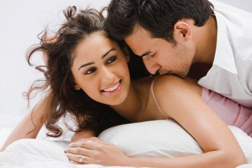 两性解惑:女人做爱时初中呻吟?都现在骚女生这么激情图片