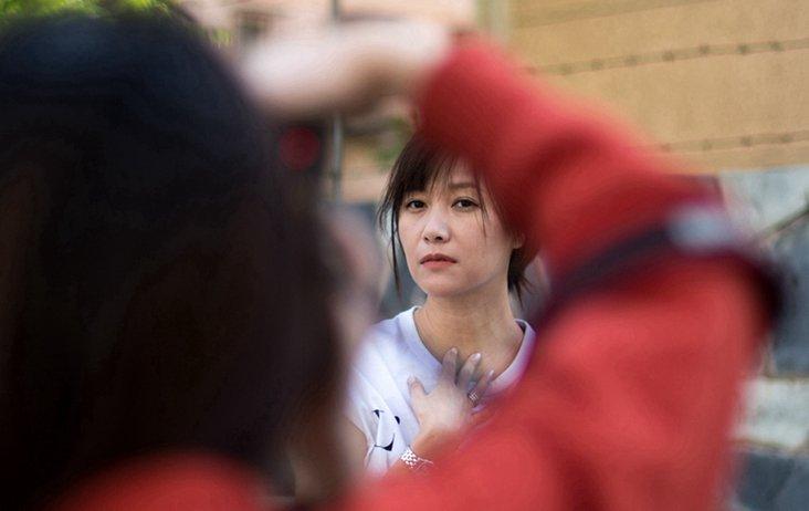 徐静蕾跨界唱歌挑战自我