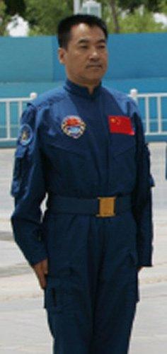 新闻背景:神舟十号航天员张晓光(图)