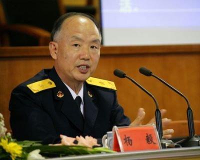 海军少将杨毅:中国对美国应敢于出手 善于收手