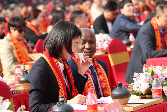 北京太庙举行祭祀典礼 外国友人感受中国文化