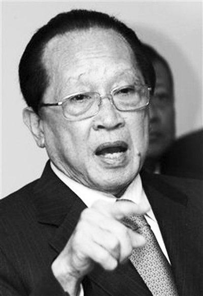 柬反对将黄岩岛写入公报 称东盟外长会不是法庭