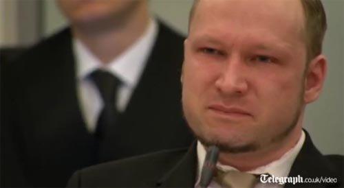 布雷维克首次向爆炸案受害者道歉 称目标并非平民