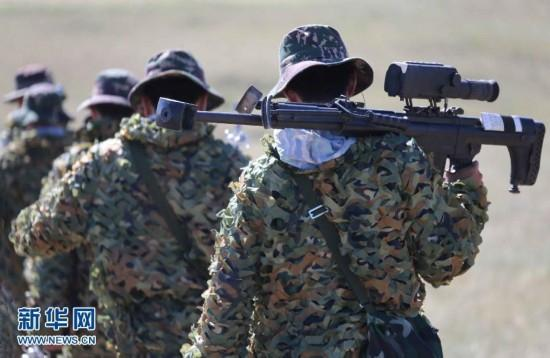 资料图:解放军特种部队狙击手-我特种兵国际比武发挥英语优势 侦察