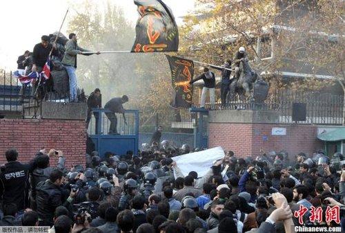 英国关闭驻伊朗大使馆 下令驱逐所有伊朗外交官