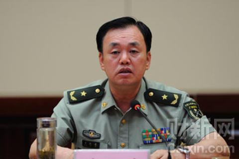 湖南省军区司令员黄跃进任省委常委