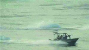 美军舰艇两次遭遇伊朗快艇 五角大楼公布视频