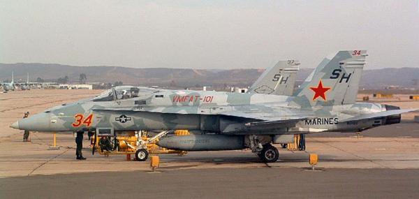 """美军招标最新战机更新设想敌""""红军""""装备"""
