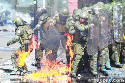 智利民众示威要求公布40年前政变真相引发冲突