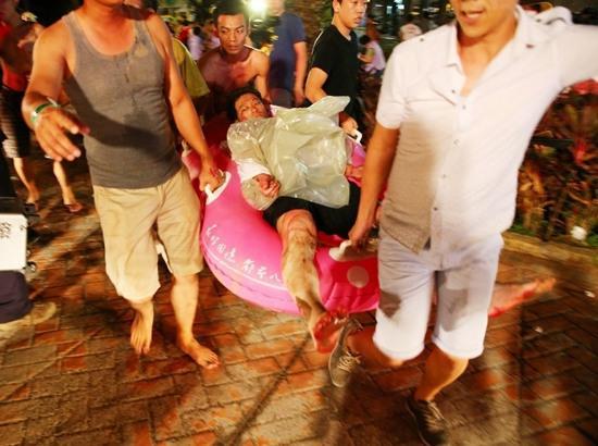 台湾游乐园粉尘爆炸474人伤 1人已无生命迹象