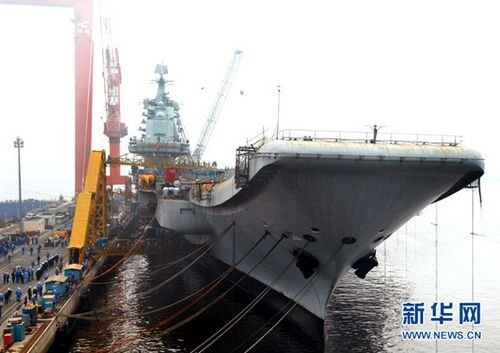 美国不相信中国国产航母铺龙骨 歼20能隐身