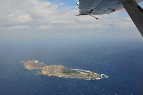 日媒称中国大陆飞机史上首次飞临钓鱼岛上空