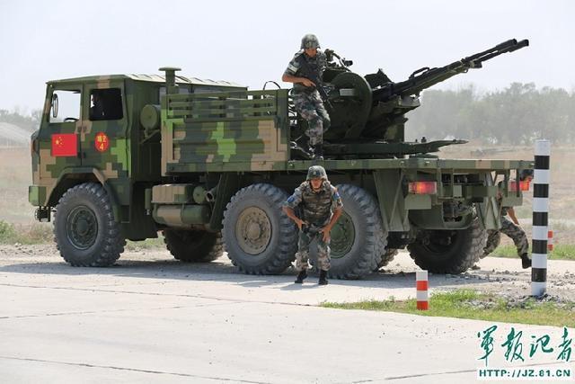 北部战区副参谋长:适时展示军事力量势在必行