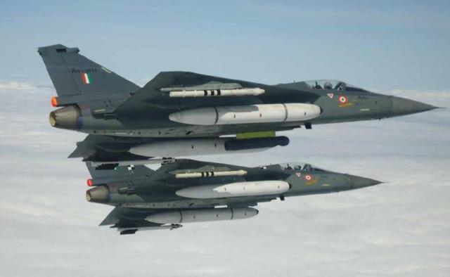 印度国防部长:LCA战机与法国阵风品质一样好