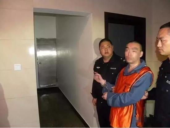 女子在家中遭入室抢劫被割喉 嫌疑人10年后落网