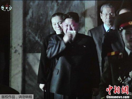 朝鲜连日痛悼金正日 遗体告别仪式今日将举行