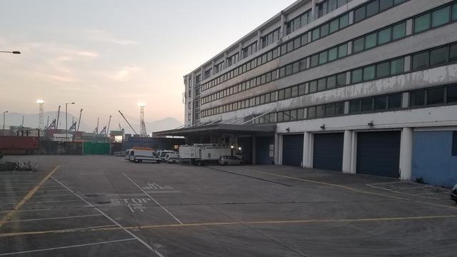 """港媒:被扣新加坡装甲车""""消失"""" 海关回应"""