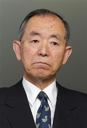 日本驻华大使丹羽宇一郎北京遇袭 国旗被夺走