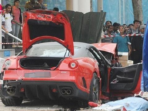 中国男子在新加坡遇车祸续:驻新使馆表哀悼