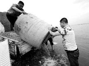 全球变暖引发长江流域旱涝急转 专家称史上罕见