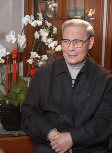 中国战略科学家、无机材料科学奠基人严东生去世 享年98岁