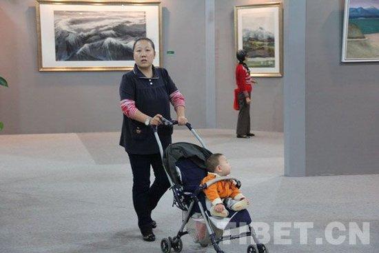 """上海市民看""""和美"""":艺术是生活的一部分"""