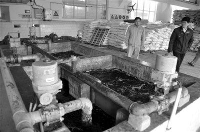 柳州自来水厂已启动应急预案确保供水安全。新华社记者 陆波岸 摄