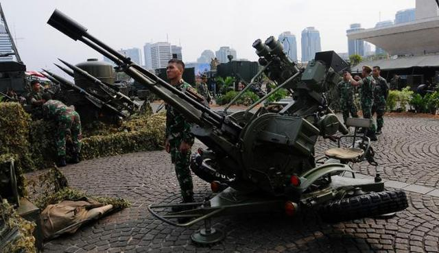 印尼军演遭遇误射事故 肇事者是中国造火炮?(图)