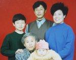 马志敏:收养弃婴18年