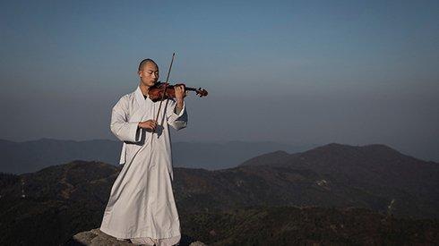 """""""佛系""""音乐:深山古寺里的僧人交响乐团"""