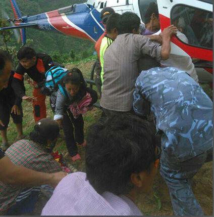 尼泊尔在哭泣:我们刚站起来,立刻又倒下了