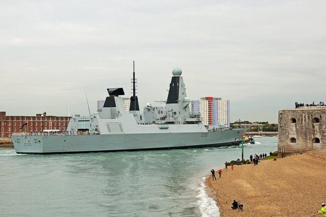 """英国:无意跟随美在南海""""巡航"""",不想挑衅中国"""