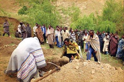 非洲人为了葬礼不上班 信奉不同神教有不同的祭祖方式-盘点各国 清明