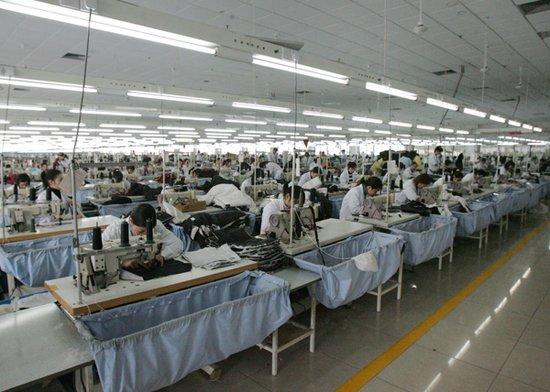 转型升级不是放弃劳动密集型产业