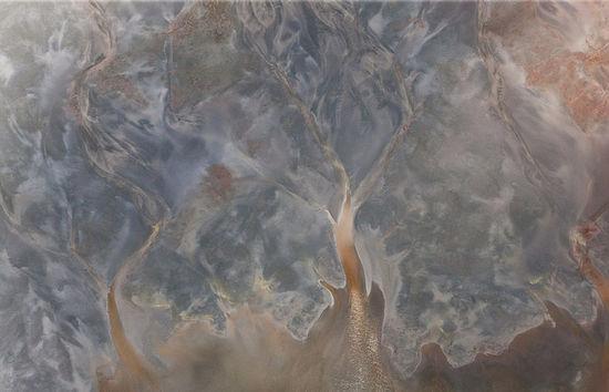 英摄影师在千米高空航拍全球各地震撼美景(高清组图)