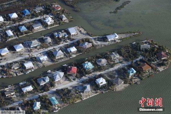 美国飓风灾后救援:超2万美军加入 5艘舰艇参与