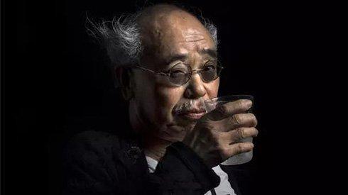 这位中国摄影师,为国际摄影巨匠留下一生中最好的肖像