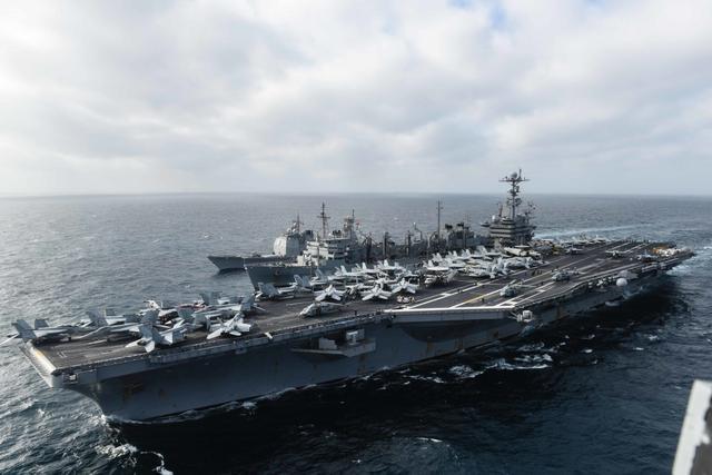 """美国议员提交所谓""""2016南海与东海制裁法案"""""""