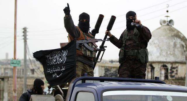 俄军方:叙武装分子向抗议民众开枪 27人死亡数百人受伤