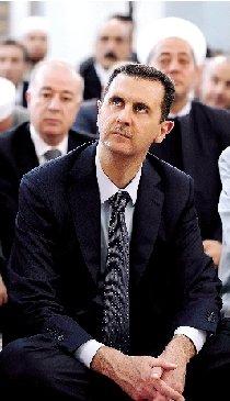 巴沙尔一个月来首次在叙利亚总统府外露面(图)