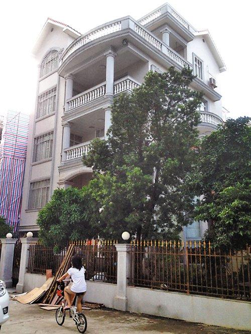 广东高州原纪委副书记被查 被举报拥多栋房产