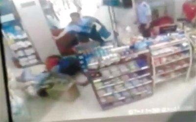 安徽警方:2名警察未制止少女被杀不能称不作为