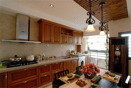 案例|厨房空间不够橱柜来凑