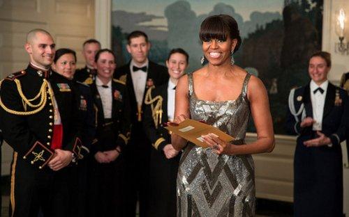 美国第一夫人米歇尔-奥巴马宣布奥斯卡最佳影片得主。