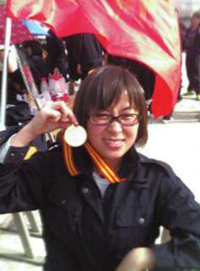 延安车祸中3名遇害女孩刚参加完婚礼回西安(图)