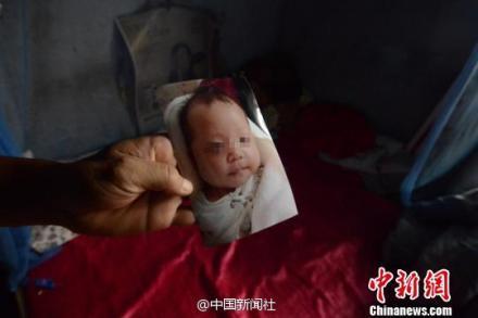 苏州警方找到在家熟睡时被偷女婴 嫌犯已抓获